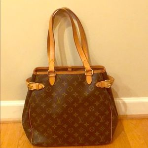 Louis Vuitton batignolles vertical tote